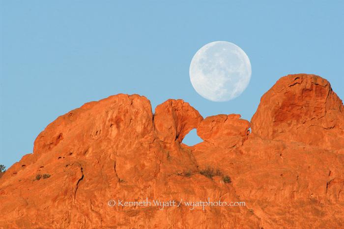 Kenneth Wyatt Photography Colorado Garden Of The Gods Kissing Camels Colorado Springs Colora